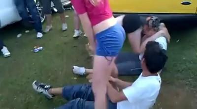 Танец или избиение ?