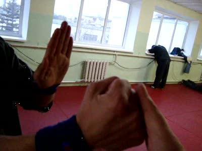 Удар кулаком чунь-цюань