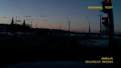 Видео вспышки над челябинском 15.02.2013.avi