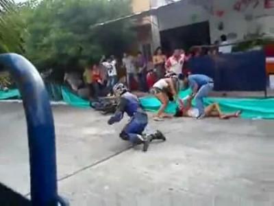 Девушку чуть не убило мотоциклом