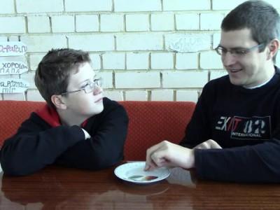 Веселый розыгрыш с монетой - Отец и Сын №56