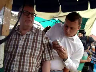 Жириновский на рынке в Ростове7