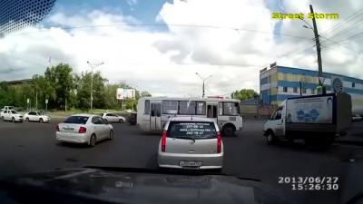 Кавказцев наказали простые русские ребята