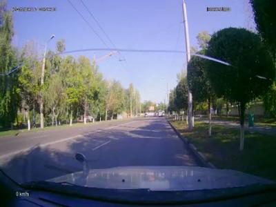 Строительный кран упал в Алматы
