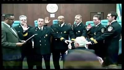 Американские пожарные принимают присягу на iPad