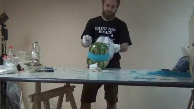700 резинок и арбуз