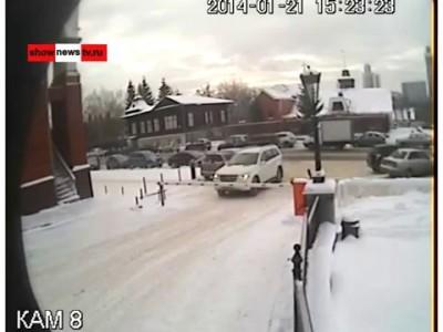Новиков оторвал номер у чужой машины