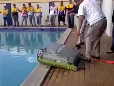 Надувание спасательного плота
