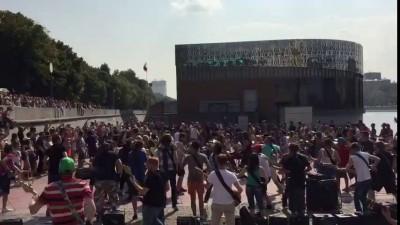 Парк Горького - музыкальный флешмоб!