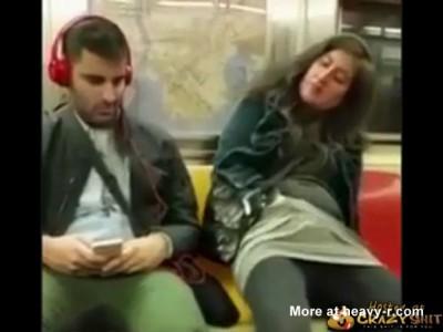 girl metro