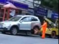 Разборка с эвакуатором по-китайски
