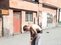 Супер трюк паркурщика