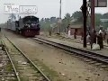 Бангладеш - верховая езда на поезде