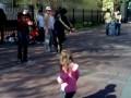 Девочка танцует брейк // Break dancing girl