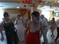 Выпала сиська во время танца