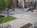 Пешеход пнул автомобиль и получил по морде