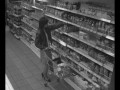 Женская драка в магазине