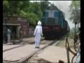 Сумасшедший дед и поезд