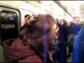 Пьяная бабка в метро