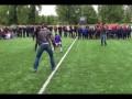 Робин ван Перси сыграл с детьми на турнире