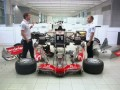 Vodafone ad - Lewis & Jenson, one car, no team