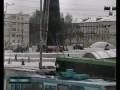 Автобус против трамвая .