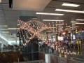 Кинетический дождь в аэропорту Сингапура