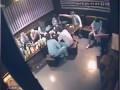 Жестокая драка в австралийском караоке-баре.