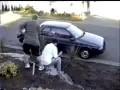 Сильный удар лопатой по голове (прикол)