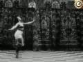1909 г. Танец русской балерины Карсавиной. Танец с факелом.