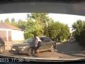 Автоледи набросилась на обидчицу с битой