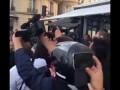 Украинский журналист Седюк напал на Ким Кардашьян и поцеловал её в зад!!!