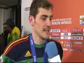 WORLD CUP 2010 Iker Casillas and Sara Carbonero KISS TRASLATION!!