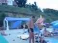 Продавец шариков на пляже