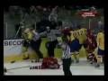 Швед огребает от Ковальчука..=)