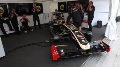 Lotus F1 Car plays Happy Birthday