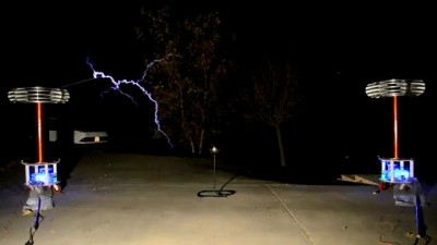 """Sweet Home Alabama"" - Musical Tesla Coils"